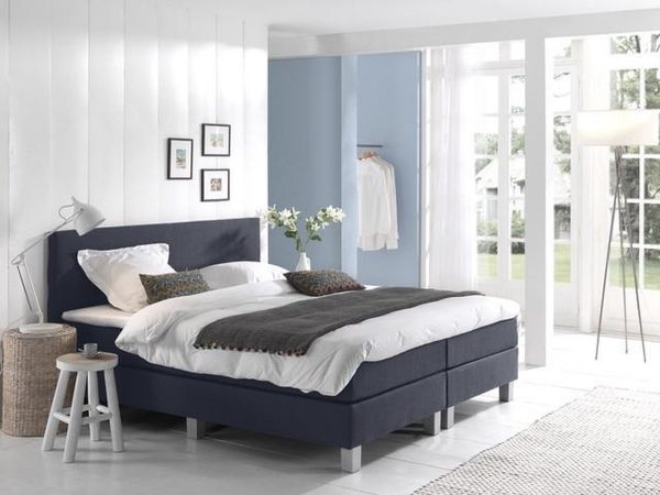 Complete Boxspring 80x220 cm - Donkerblauw - Pocketvering matrassen - Dreamhouse Louis - Een persoons