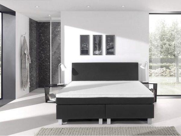 Complete boxspring- 200x210 cm - bed - Kunstleer Zwart - Dreamhouse Eddy - 1 groot matras