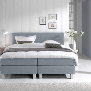 Complete Boxspring 200x200 cm - Lichtblauw - Pocketvering matrassen - Dreamhouse Louis - Twee persoons