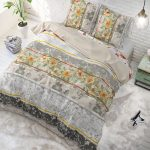 Sleeptime Elegance Monica Taupe 1-persoons (140 x 200/220 cm + 1 kussensloop)