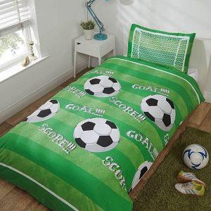 """1-persoons dekbedovertrek groen gestreept met zwart-witte voetballen """"goal en score"""" en voetbaldoel 140 x 200 cm"""