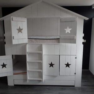 Boomhutbed Chris   Steigerhout   Bedhuisje   Kinderbed   Wit  