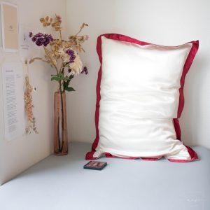 Mori Concept - Delight zijden kussensloop - 50x75 - Creme + Cherry Rood - 100% Moerbei zijde -Mulberry Silk Pillowcase