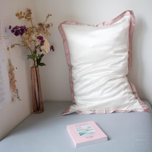 Mori Concept - Delight zijden kussensloop - 50x75 - Creme + Lichtroze - 100% Moerbei zijde -Mulberry Silk Pillowcase